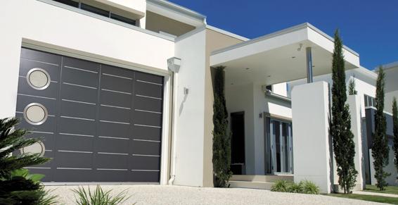 Porte de garage alu grise antracite avec hublot