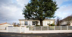 pose clôture blanche à Cholet