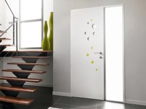 Menuiserie - Porte d'entrée alu avec design bulles transparentes et vertes