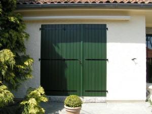 volets battants pour porte fenêtre vert foncé