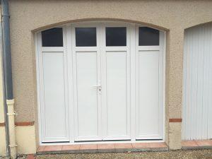 Porte de garage blanc pvc