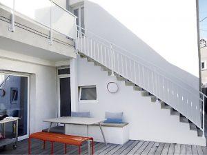 Réparation Garde-corps, rampe, escaliers, fixation, terrasse, pose, anglaise ou sur dalle